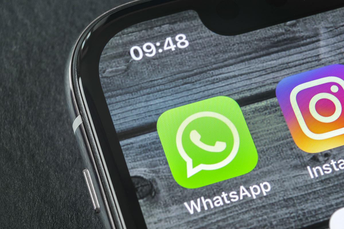 Ripristinare le foto eliminate da WhatsApp